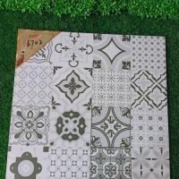 只发工地 厂家直销 品德风尚陶瓷 汇恩陶瓷 防滑 工程瓷砖